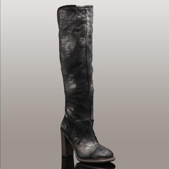 315928bb728 SALE!! UGG Calandra Boots